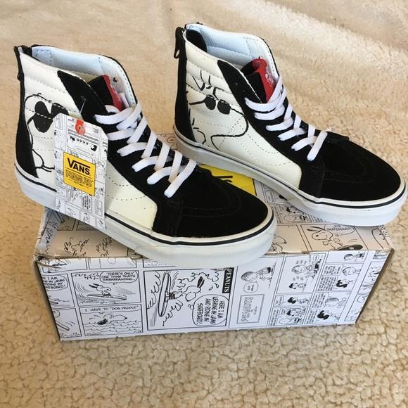 ddedc967dc8b NWT Limited Edition Snoopy Vans Sk8-Hi Zip